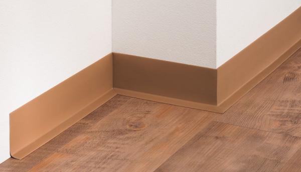 PVC-Weichsockelleiste (60/16), selbstklebend