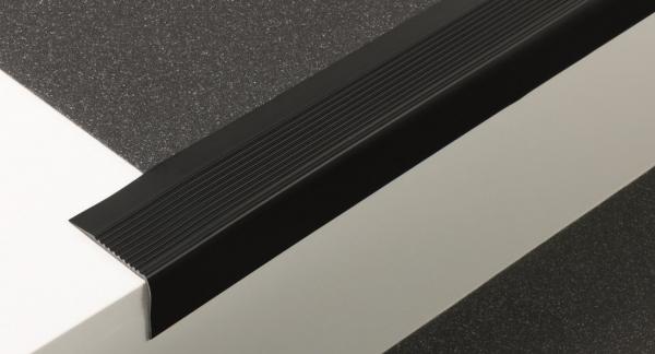 Weich-PVC Treppenkante (60/42)