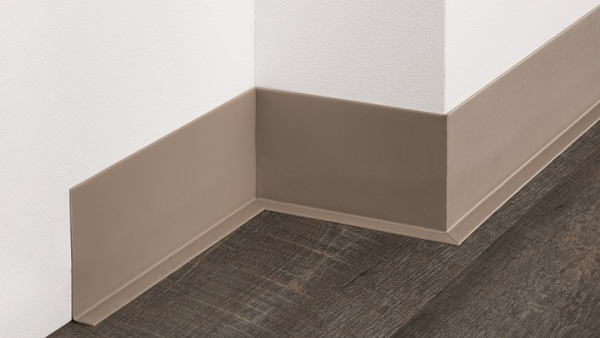 PVC-Weichsockelleiste (100/20), selbstklebend