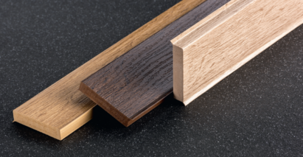 Q 12H Hartschaum-Sockelleiste 60x12 mm, Holzfarben